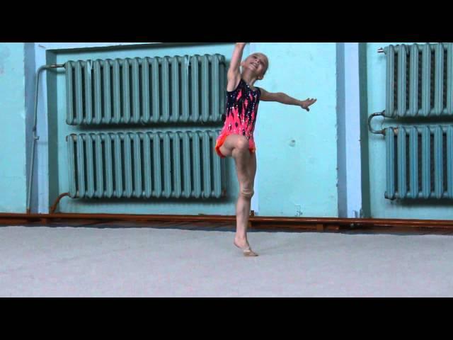 1-е показательное выступление гимнастки из Комсомольска-на-Амуре