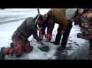 Зимняя Рыбалка Рыбаки не могут вытащить Огромную Щуку Лучшая Рыбалка етого сезона Щука 20 кг