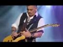 Johnny Depp's amazing guitar skills. Scheels Arena, Северная Дакота, 18 июля