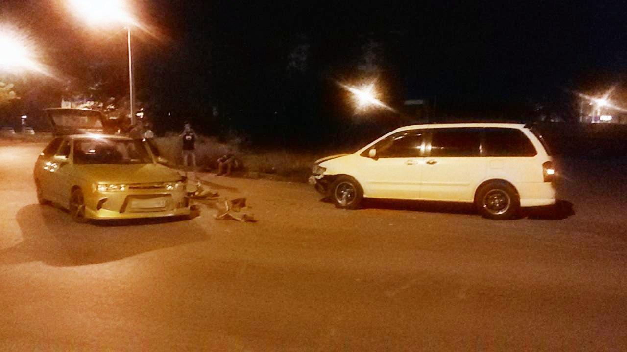 В Таганроге столкнулись «ВАЗ-21112» и Mazda MPV, есть пострадавший