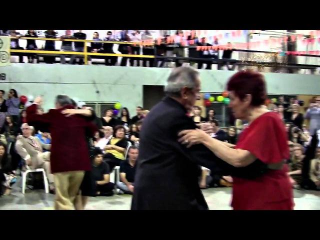 The oldest milongueros on dancing floor. VIDEO 2 Milonga El Morán los mas viejos milongueros