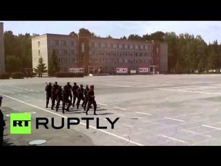 КРУТЯК... Военные из Мозамбика исполнили боевой танец на плацу в Новосибирске