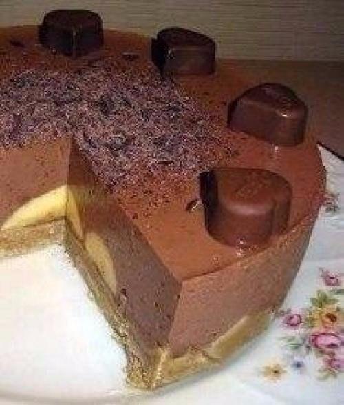 ТОП-6 лучших тортов без выпечки 1. Шоколадно-банановый торт Ингредиенты