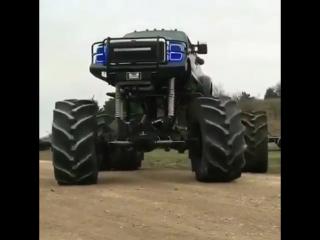 Монстр на колёсах