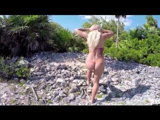 Шикарная порнозвезда и модель Kisa Sins # Секс на улице teen Вечеринки Spizoo ебля милая порно