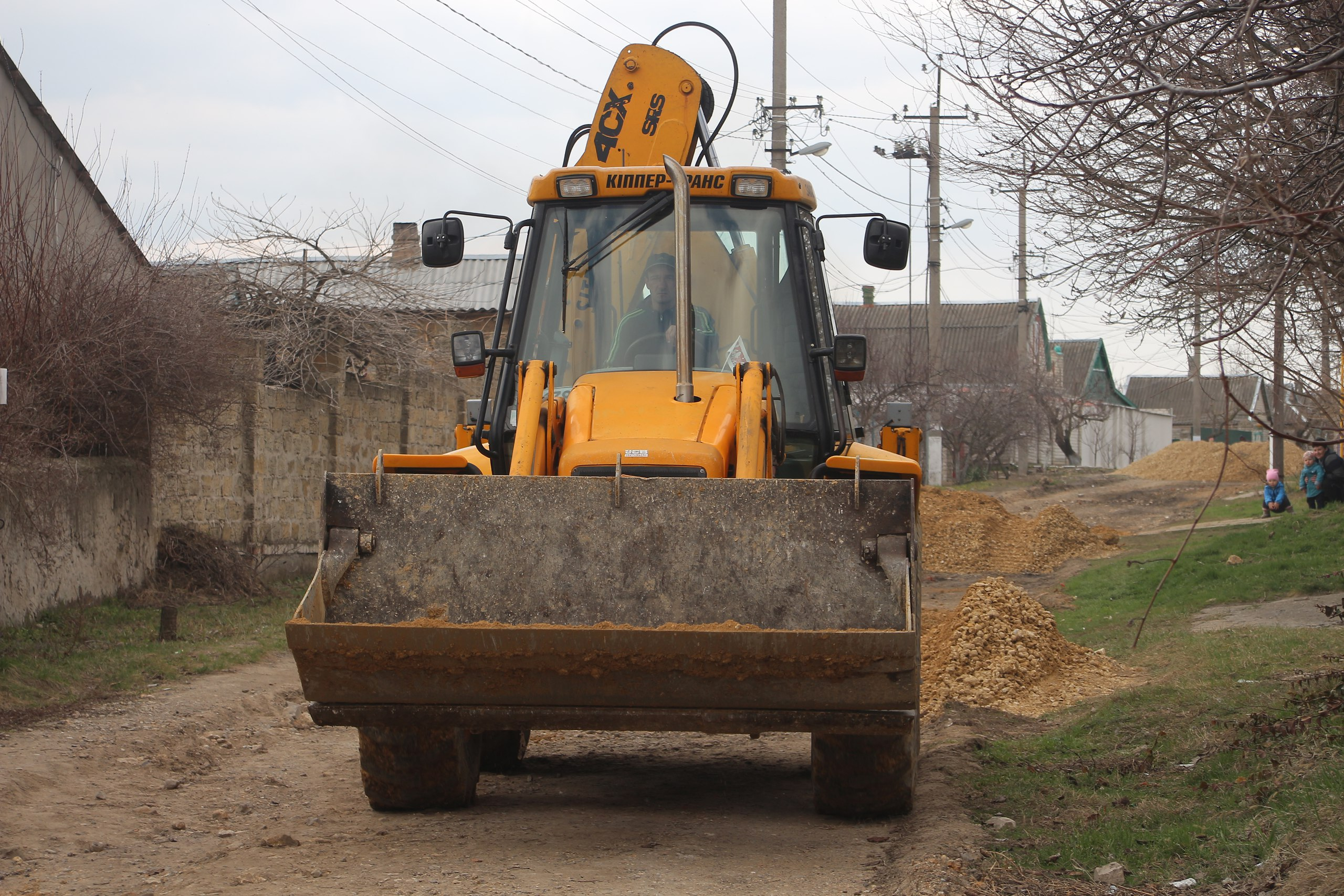 В Антоновке продолжают делать новые дороги