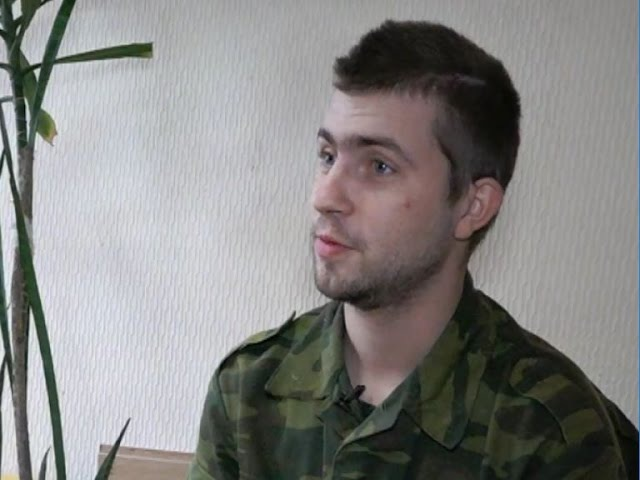 Служу Республике. Военнопленный солдат ВСУ. 21 05 17 Опубликовано: 20 мая 2017 г. youtu.be/29C_AKr79Mw Обстановка на линии боевого соприкосновения. О чем рассказывает пленный ВСУ.