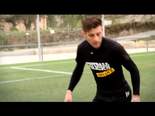 Mouse Trap - Street Soccer_Football Skills  Panna Groundmoves Freestyle tricks