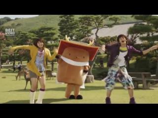 Японская реклама жевательной резинки Fit's
