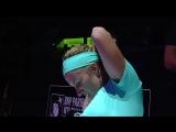 Смена прически помогла Светлане Кузнецовой победить Агнешку Радваньску на турнире в Сингапуре