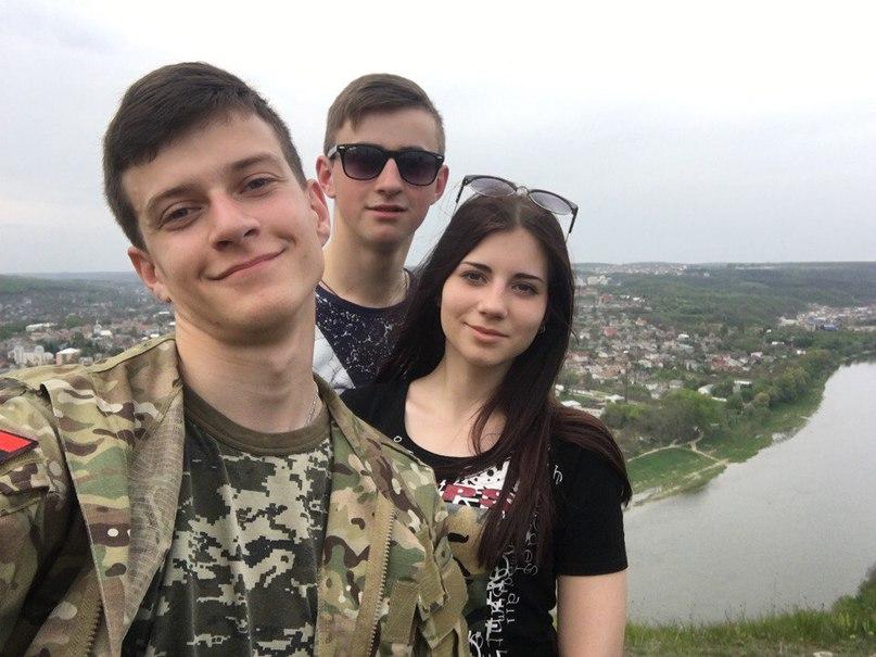 Вася Савків |