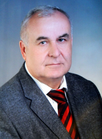Александр Момот