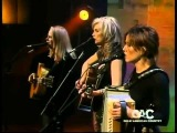 Emmylou Harris, Mary Chapin Capenter &amp Sheryl Crow - Flesh And Blood