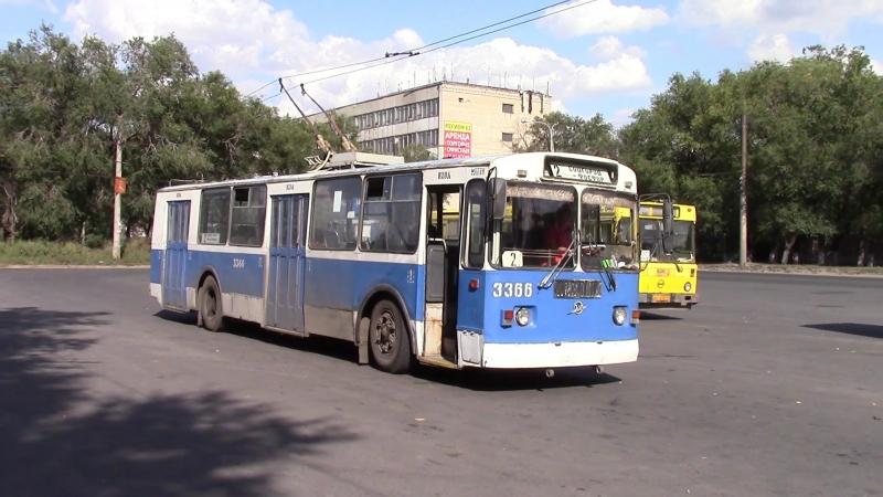 Троллейбус ЗИУ 682, движение задним ходом г Тольятти