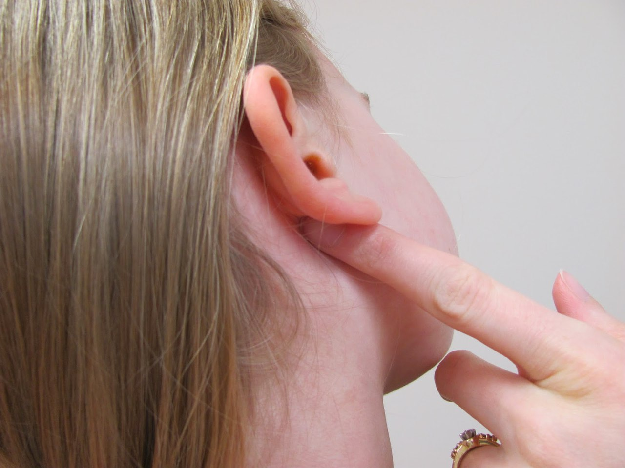 острый отит среднего уха симптомы