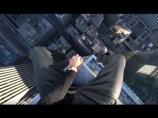 Трюки на крыше канадского небоскрёба