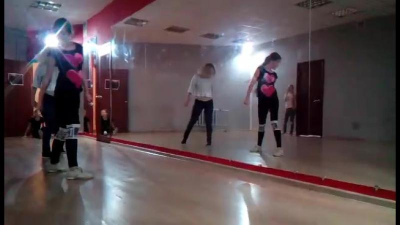 Танец со второго мастер-класса Тани Рыжовой.