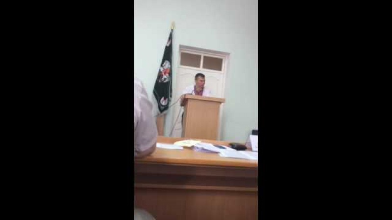 Третяченко вимагаю навести благоустрій будинків і прибудинкових територій по Констянтинівській