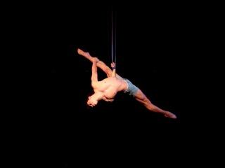 Nico Maffey contortion straps teaser