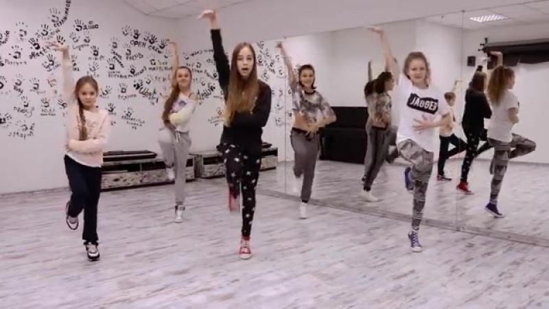 OPEN KIDS - Show Girls! Официальный видео урок по хореографии из клипа часть 2 - Open Art Studio - YouTube
