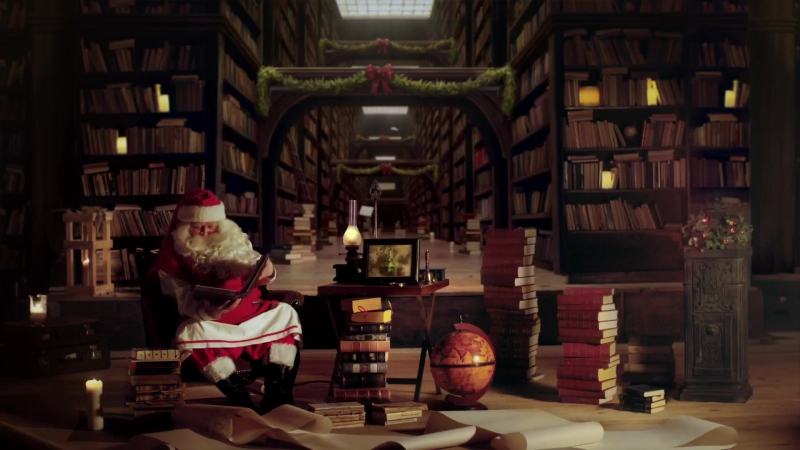 Линочка достала ответ на свое письмо от Деда Мороза))! Яхууу))