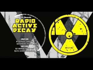 (00121 Rec) Radioactive Decay - B2 Mr Gasmask - Lick The Spoon