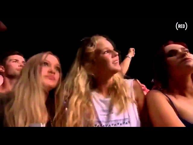 Armin van Buuren-( Eat Sleep Rave Repeat)--Live Stereosonic Festival 2013