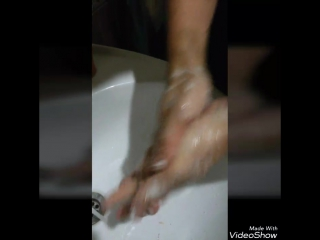 Волшебные средства для рук Satin Hands от Mary Kay, отлично подойдет мужчинам, у которых из за работы руки в таком состоянии, чт