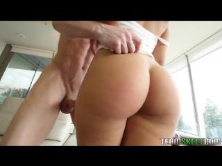Порно онлайн выебал колумбийскую фото 700-475