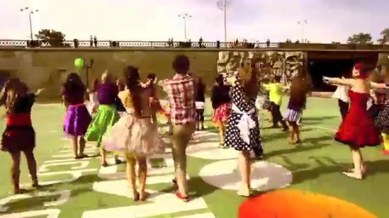 Танец под песню Я люблю буги вуги Стиляги