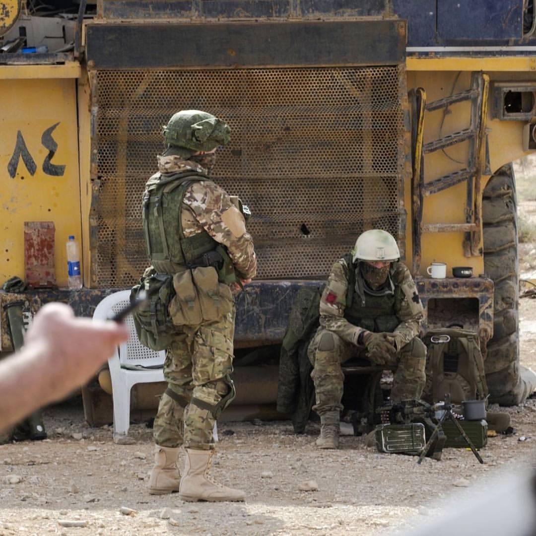 фото русских военных в сирии земельный