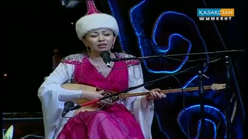 Бекарыс Шойбеков-Айнұр Тұрсынбаева
