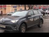 Сотрудники ДПС Юго-восточного административного округа г. Москвы поздравили автоледи с 8 Марта!
