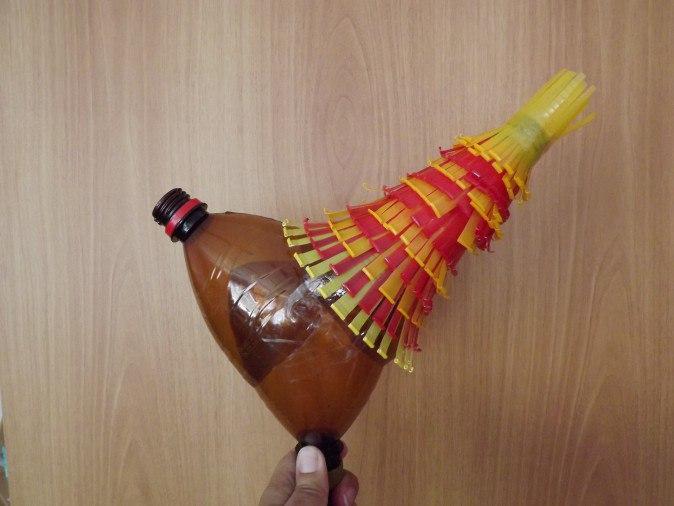 Поделка из пластиковых бутылок своими руками петух