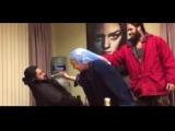 Игра Престолов 6 сезон | Эмилия Кларк разыгрывает спящего Джо Нафау (Кхал Моро)