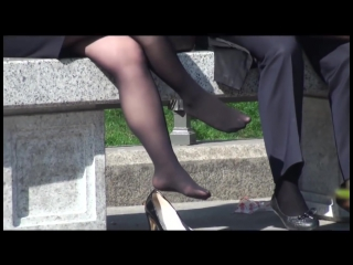 candid hot nylons toe curling, wiggling toes