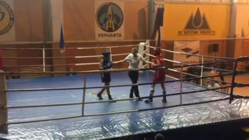 Вітя Бойко - синій кут, 2 раунд, 1/4 фіналу.