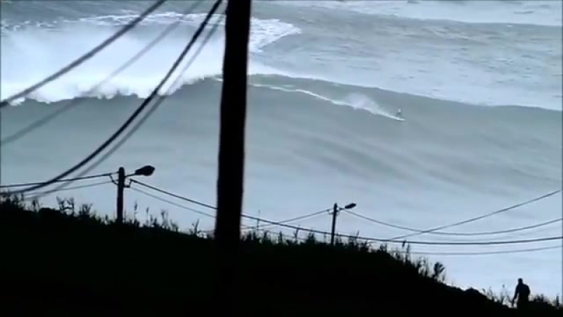 BIGGEST WAVE in the World surfed 100ft at 02_50min (REAL FOOTAGE)Carlos Burle Po