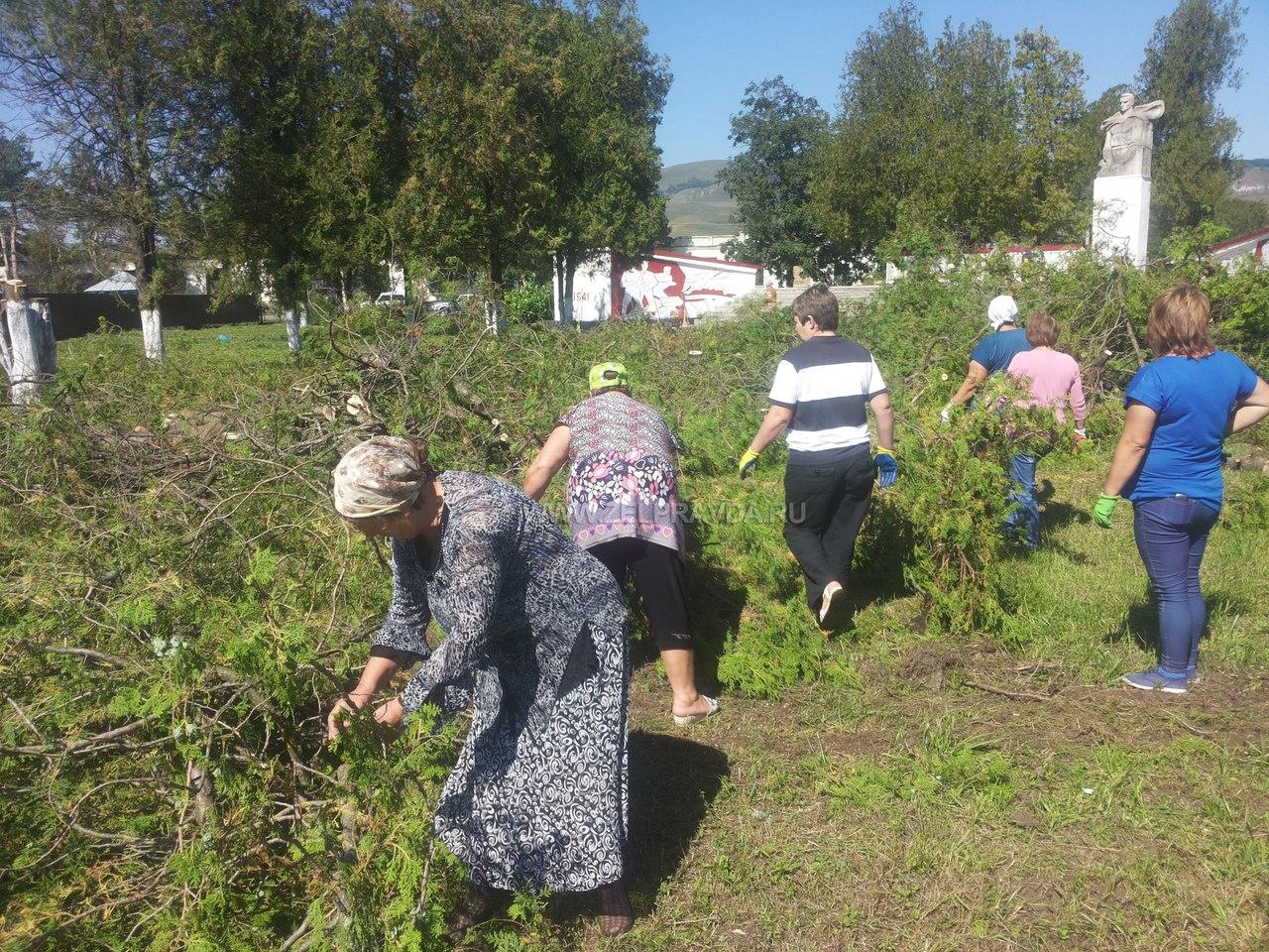 В Зеленчукском районе прошёл Всероссийский субботник