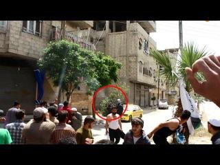 عناصر جيش الإسلام تفرق مظاهرة سلمية ب الغو&#