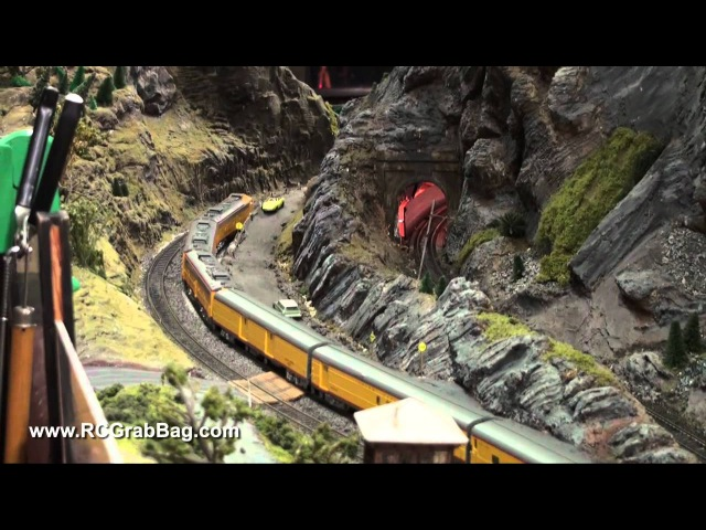 Walthers UP City Train 16 Car Consist