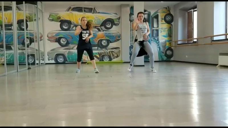 Танцевальная студия Бродвей, Аксючиц Алина