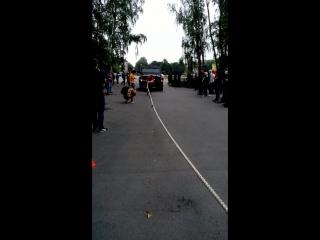 Илья Фомин. тяга автомобиля Рысь 7,5 тонн. 1-ое место. Универсальный солдат 2016