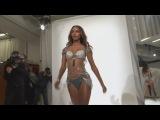 Jasmine Tookes wears $3m emerald and diamond Fantasy Bra
