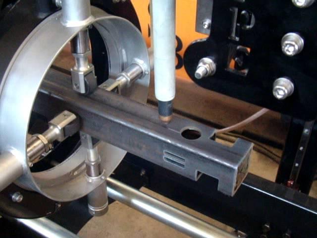 Corte CNC de tubo quadrado a plasma - Silber Cutter Pipe 4 eixos