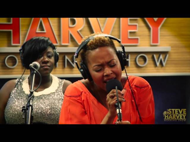 Chrisette Michele Performs