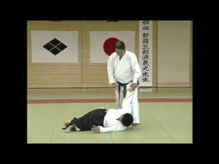 Daito-ryu's Kurumadaoshi: Battlefield technique adapted to dojo training