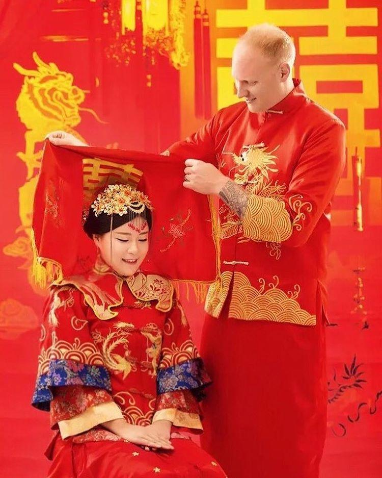 c1is2jnElWA - Национальные свадебные платья