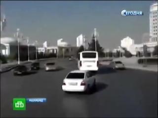 Как живёт Туркмения без коммуналки и бесплатным бензином.