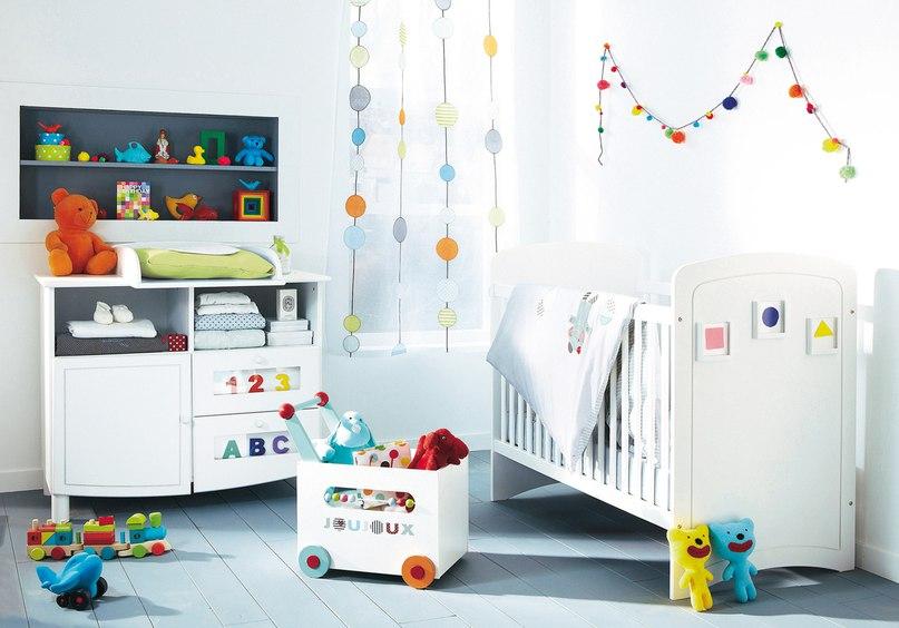 Много мебели для самых маленьких http://mia-sofia.ru/komnata-dlya-malchika/kollekcii-dlja-samyh-malen-kih.html/